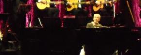 Paolo Conte incanta il pubblico del «Cilea»