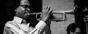 Roccella Jazz chiude la 37a edizione con le note del piano di Cojaniz