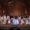 """""""Aggiungi un posto a tavola"""": quando l'arte della commedia musicale supera tempi e confini"""