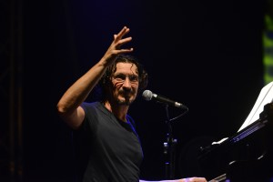 Sergio Cammariere durante il concerto